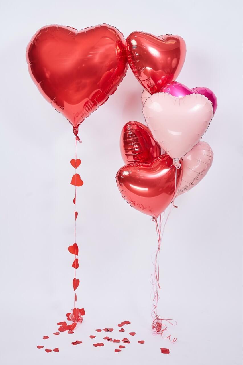 Сердечки красные и розовые