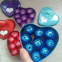 Подарочный набор 9 мыльных розочек в шкатулочке