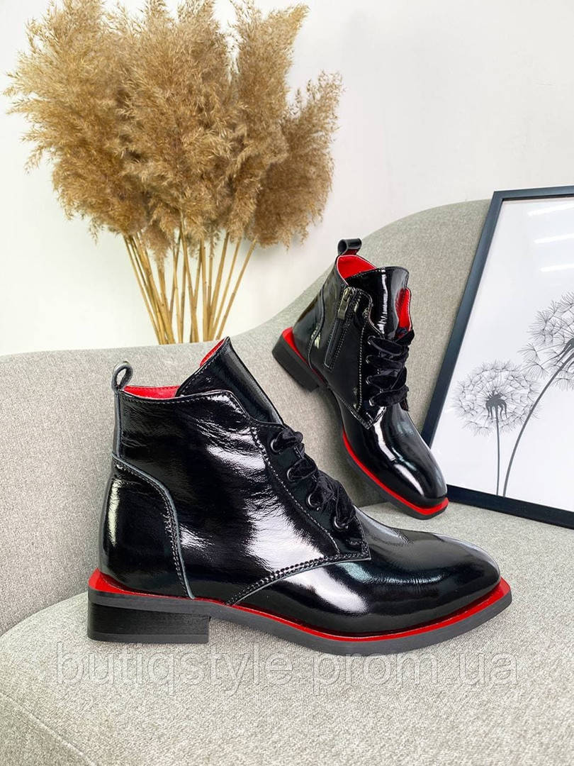Жіночі чорні черевики натуральна шкіра+гумка на платформі Демі