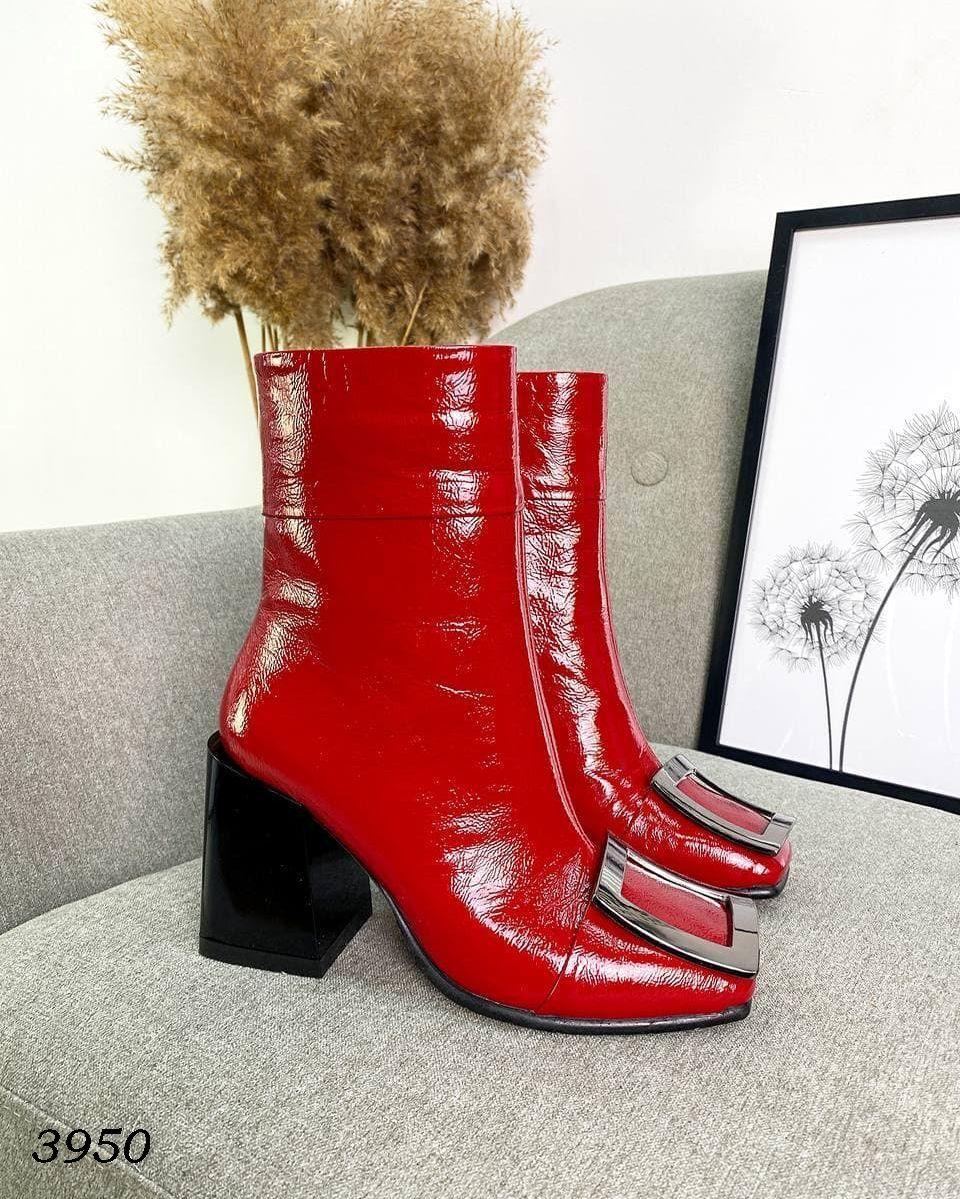 Женские кожаные лаковые демисезонные ботильоны на каблуке 36-40 р красный