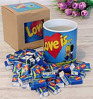 Подарочный набор Love is..... чашка и жевательные резинки