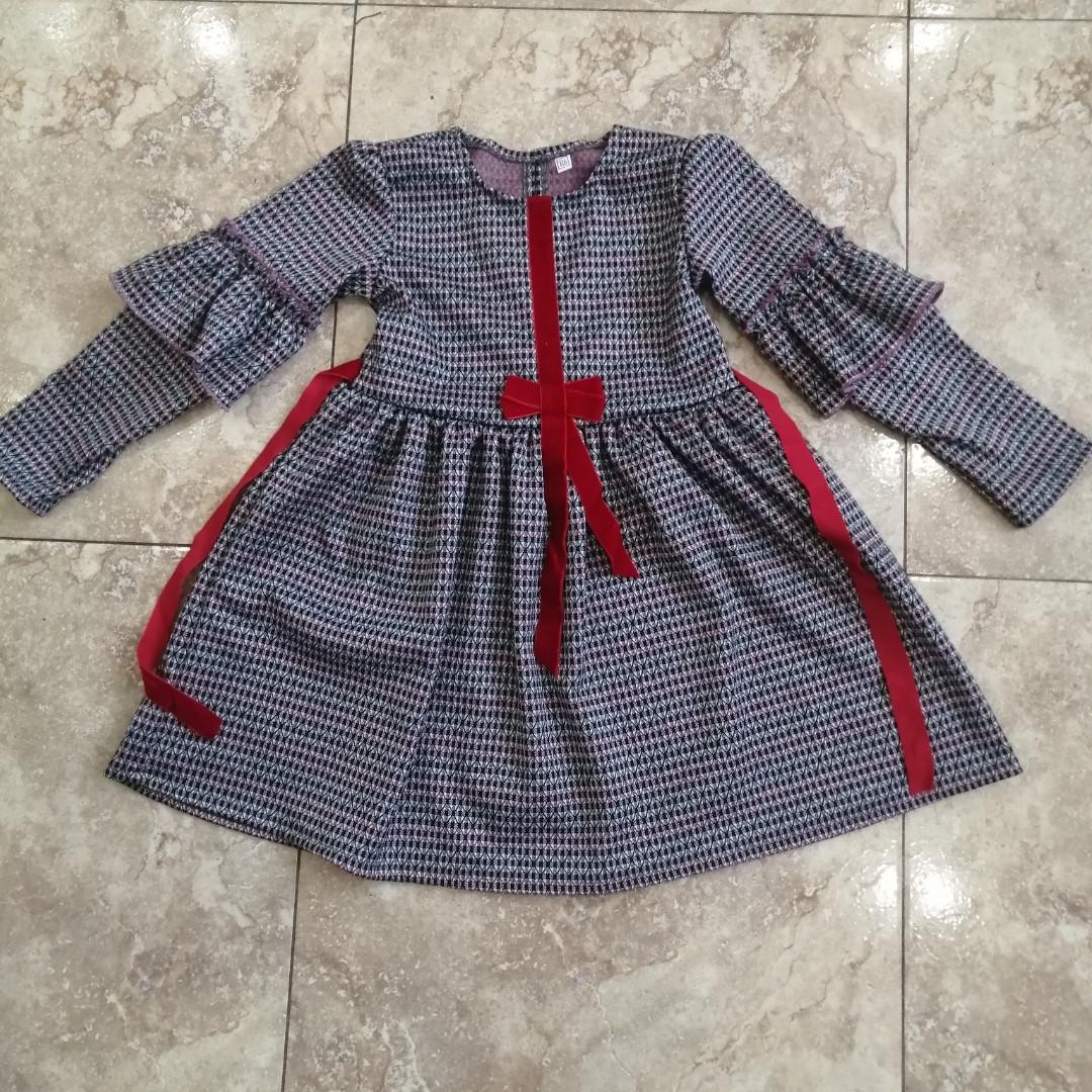 Теплі сукні для дівчаток на 7 км