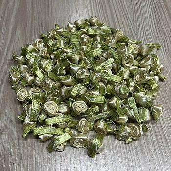 Бежевые розочки атласные 15 мм  для творчества флористики декорирования 10 штук