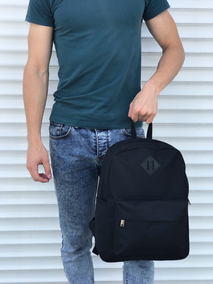Качественный черный рюкзак (17 л) черный