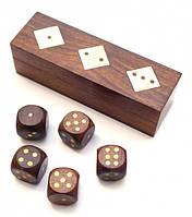 Игра 5 игральных кубиков в коробке из красного дерева