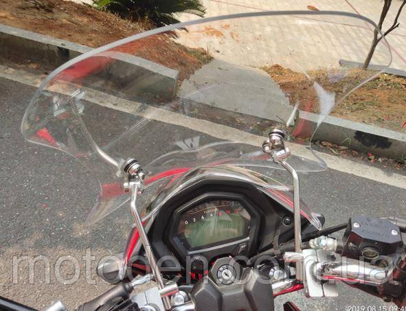 Прочное ветровое стекло мотоцикла универсальное (толщина 4.5мм) высота 49см.