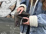 Женская маленькая сумкочка с ремешком, серая, фото 5