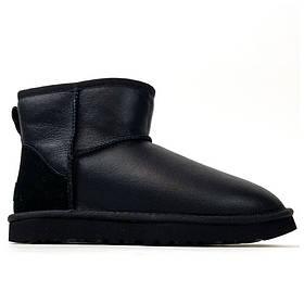 Женские зимние UGG Classic II Mini Black Leather черные кожаные угги классик 2 мини женские ботинки уги зимние