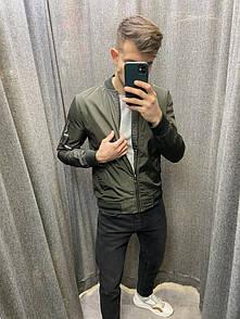 Куртка-вітровка темно-зелена