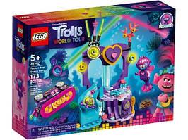 Конструктор LEGO Trolls Вечірка на Техно-рифі 41250