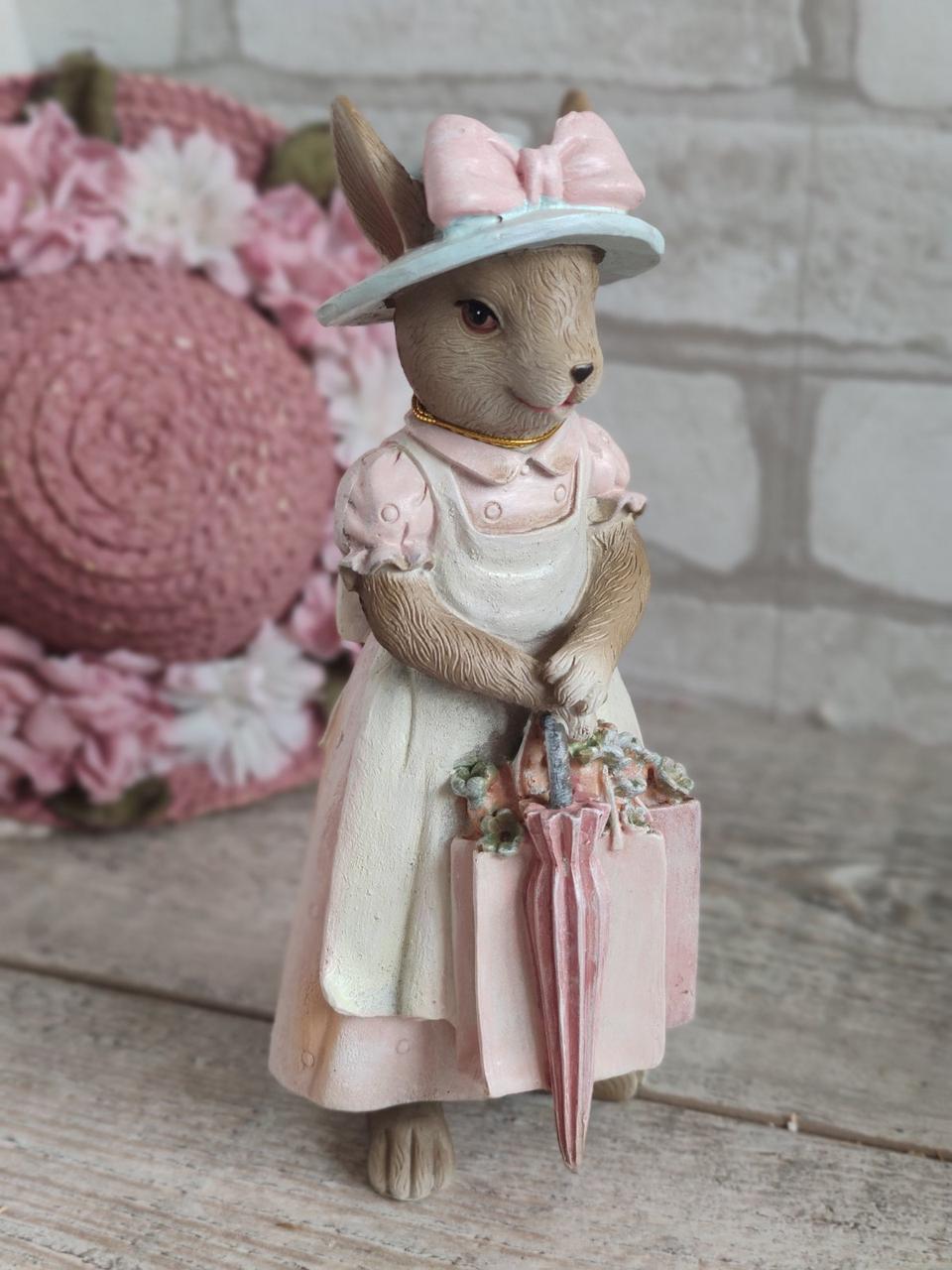 """Статуетка з кераміки """"Кролиця з Провансу"""" h 18,5 см, 270 грн"""