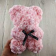 Мишка из искусственных 3D роз 25 см розовый в подарочной коробке подарок на 8 марта маме девушке