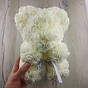 Мишка из искусственных 3D роз 25 см белый в подарочной коробке подарок на 8 марта маме девушке