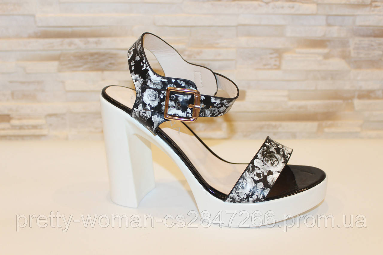 Босоножки женские черные на каблуке Б1025 Уценка