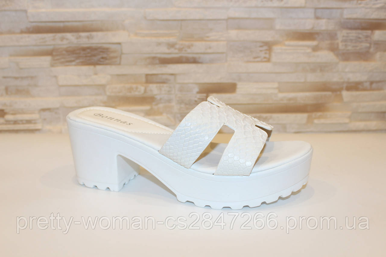 Шлепанцы женские белые на каблуке Б75 39