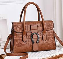 Женская сумка через плечо стильная и модная сумочка Подкова под рептилию эко кожа Коричневый