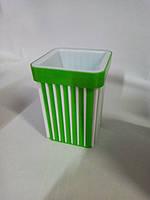 Подставка стакан для ручек зеленая Яркий цвет