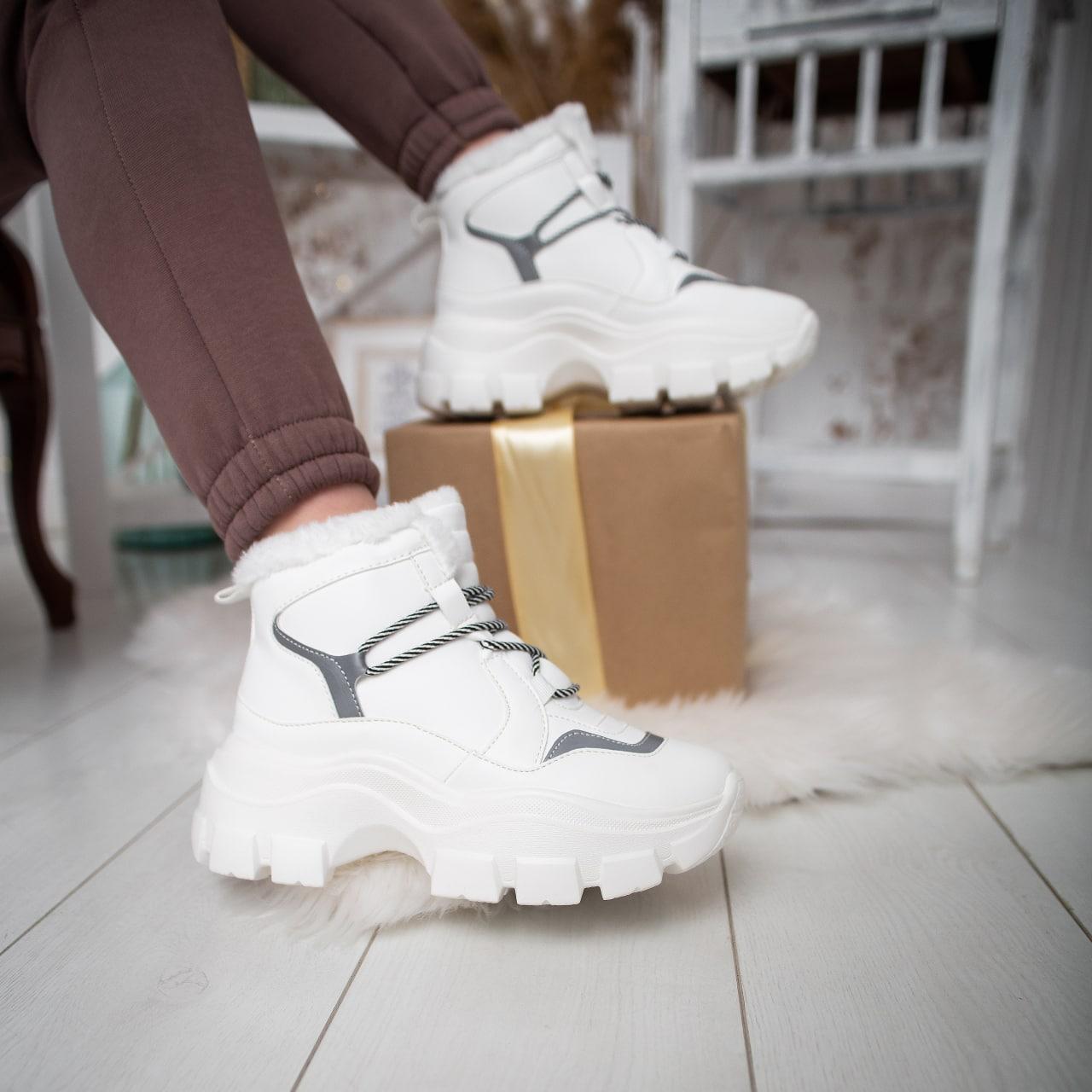 Жіночі зимові черевики Стіллі Елайз Pobedov (білі)