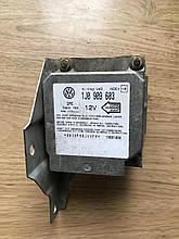 Блок управления подушкой безопасности AIRBAG  Volkswagen  Transporter T4  1J0 909 603