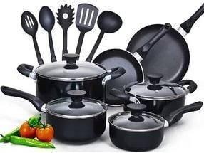 Посуд для сім'ї