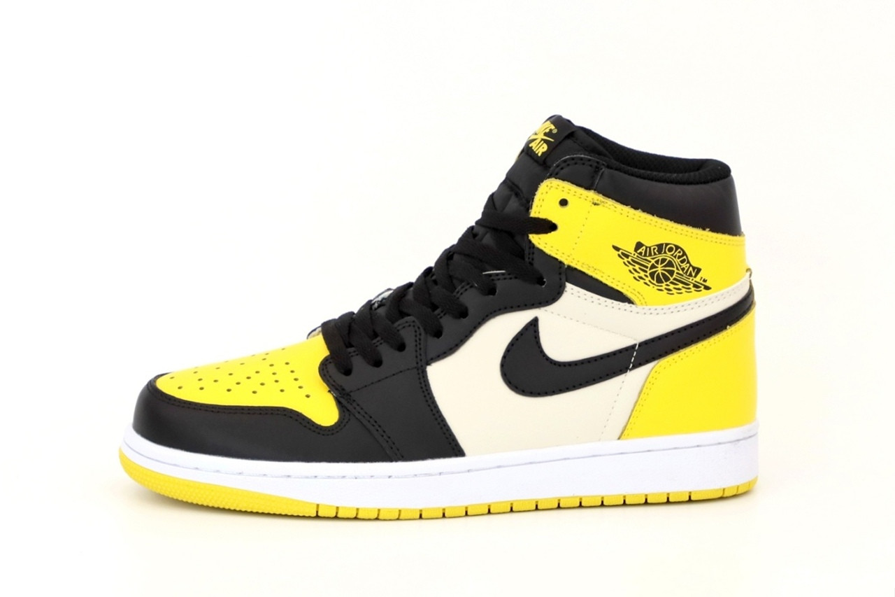 Мужские кроссовки Nike Air Jordan 1 Retro (желто-черные с белым) 12434 повседневные демисезонные кроссы