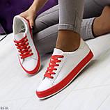 Актуальные яркие белые красные женские кеды шнуровка на весну 2021, фото 6