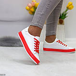 Актуальные яркие белые красные женские кеды шнуровка на весну 2021, фото 8