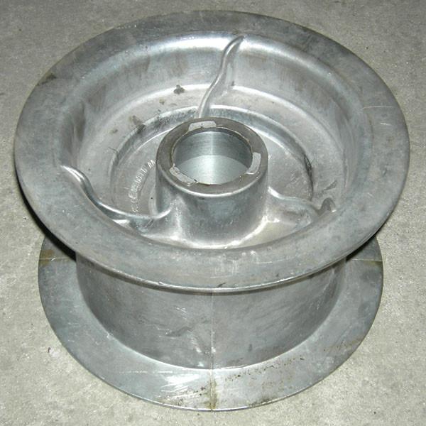 Шкив натяжной мех-ма вкл-я молотилки (d=200 mm) (ал.) 10.05.09.001Б ДОН-1500