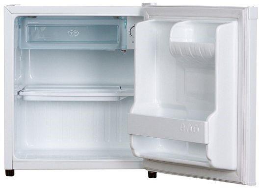 Небольшой холодильник с внутренним морозильником