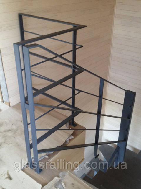 Стальное ограждение лестницы