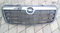 Решотка передняя Opel Movano 2010-> Оригинал б\у