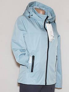 Жіноча куртка спортивна демісезонна (S)