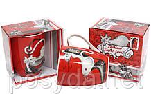 Кружка фарфоровая 350мл со стразами Модная кошка, 4 дизайна, цвет - красный