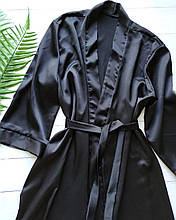 Чорний шовковий халат
