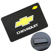 Антискользящий коврик на торпедо Chevrolet