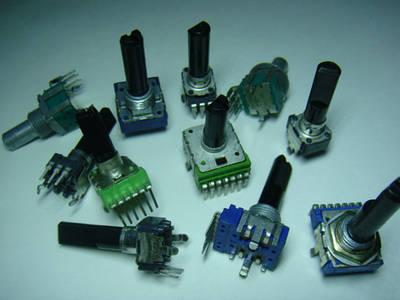 Потенциометры, энкодеры, кнопки, ручки для концертных пультов