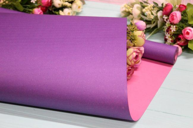 Крафт бумага двухсторонняя однотонная упаковочная цветная 70см*10м Розовая/Фиолетовая