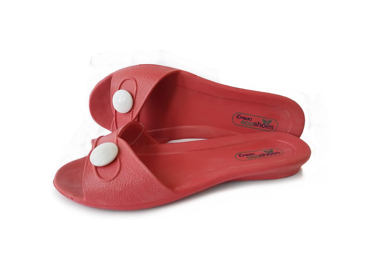 Женские пляжные сланцы красно-розовые