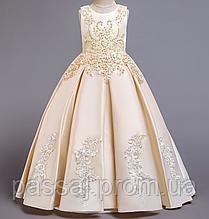 Новое ванильное праздничное платье для девочки на рост 160 см
