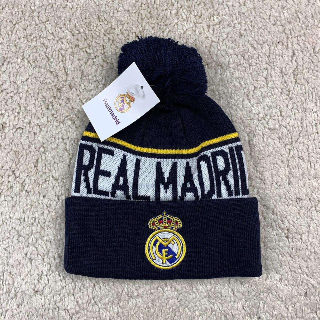 Зимова шапка Реал Мадрид чорна
