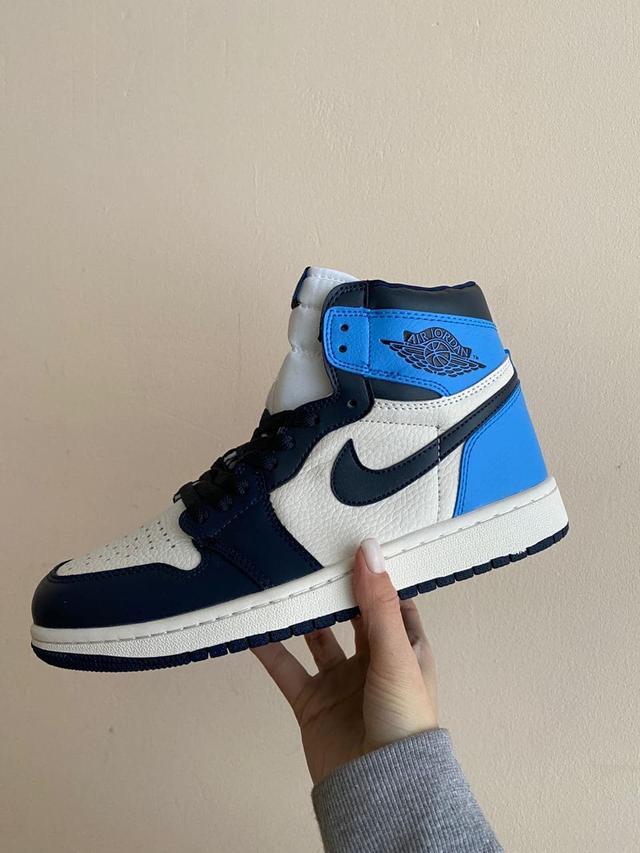 Кроссовки женские Nike Jordan