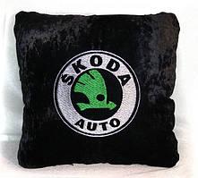 """Автомобільна подушка """"Skoda"""""""