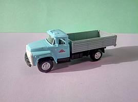 Іграшка бортовий ЗіЛ вантажівка Автопарк