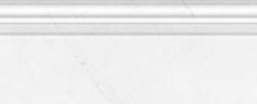 Плинтус настенный Абсолют модерн белый 120х300