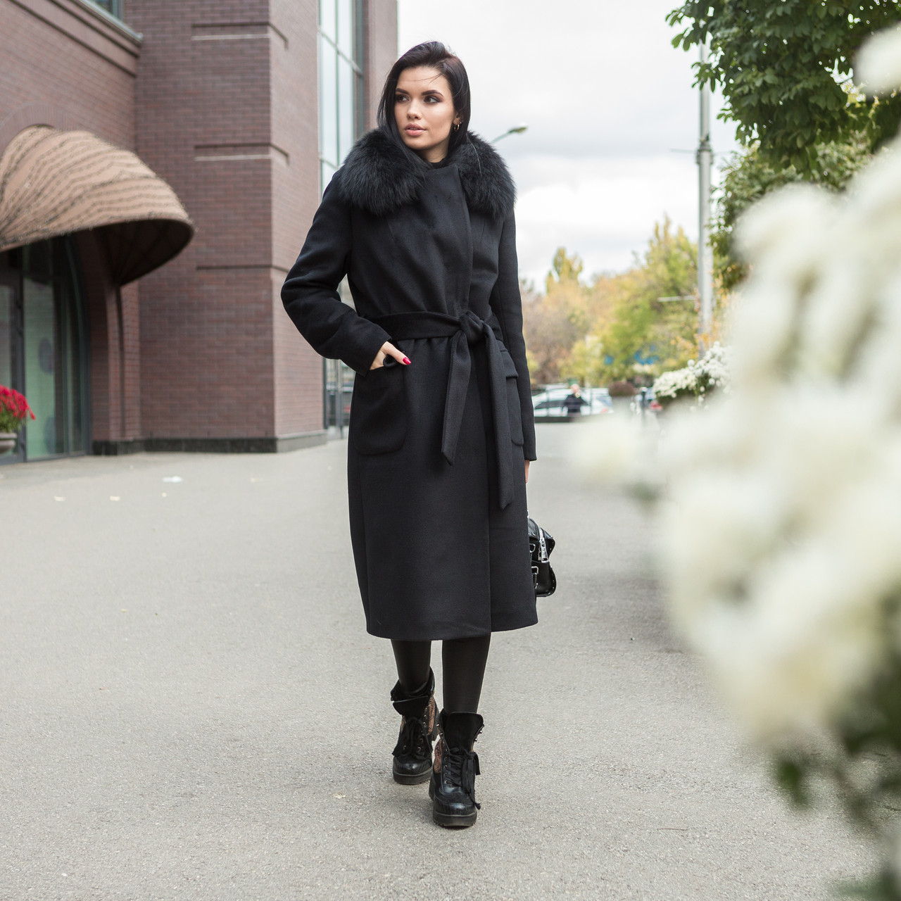 Зимове чорне тепле пальто з хутром Ріміні