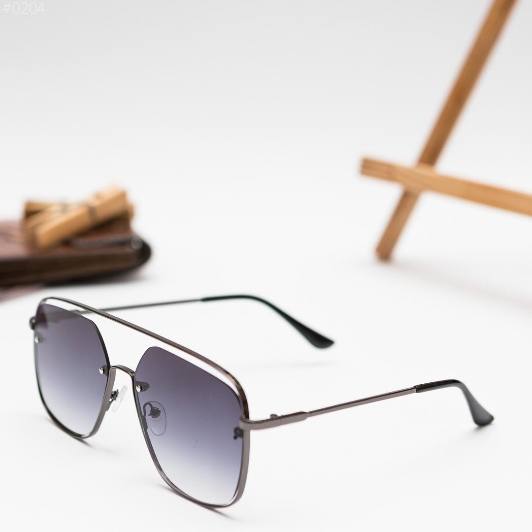 Чоловічі чорні сонцезахисні окуляри