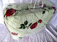 Одеяло из овечьей шерсти полуторное Лери-Макс красные розы