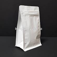 Пакет с плоским дном 250г белый 120х80х200 с боковой застежкой