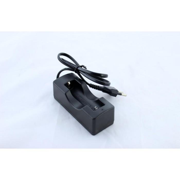 Зарядний пристрій для акумулятора 18650, Чорний