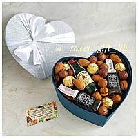 Подарок на 14 февраля/ Подарок любимому мужу/ Подарочный бокс с орехами и конфетами
